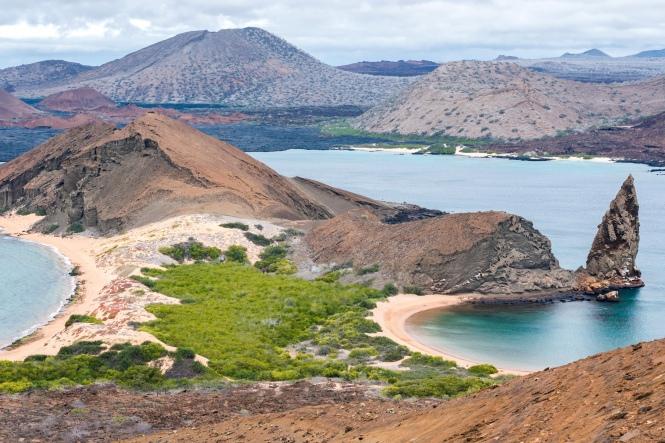 Vista del mirador de isla Bartolomé galapagos por tu cuenta