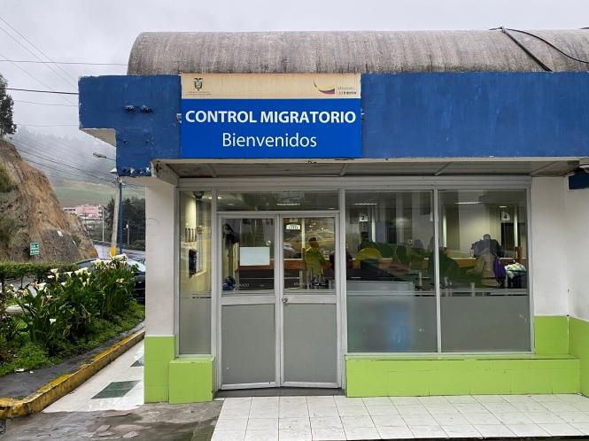 Control migratorio cruzar frontera Ecuador Colombia