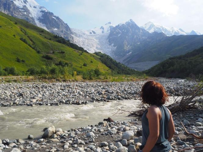 Trekking Mestia. Ushguli río Adishi