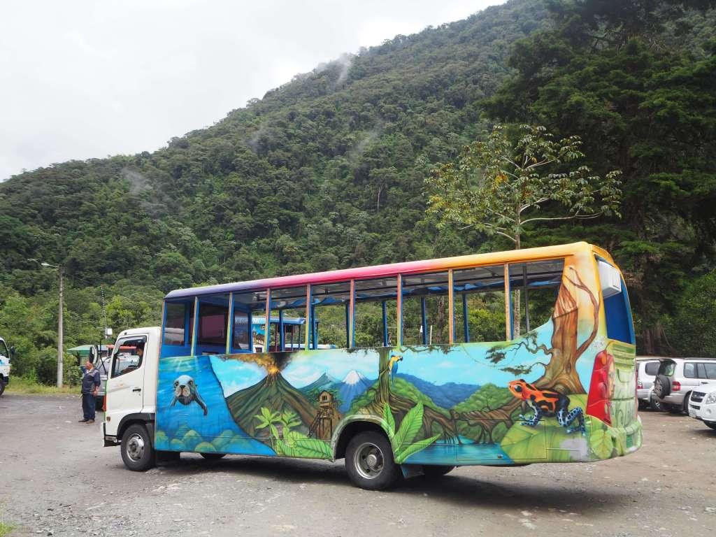 Chiva parrander Baños Ecuador